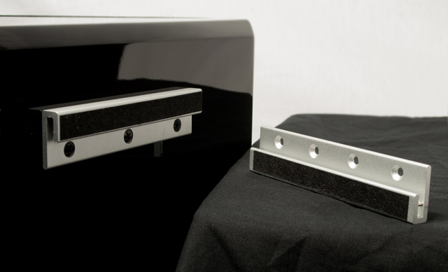 Ultra_surround_bracket_640